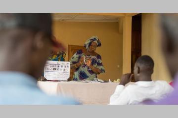 """Tribune - """"Covid-19, effet loupe et devoir d'agir pour les acteurs de la santé mondiale"""""""