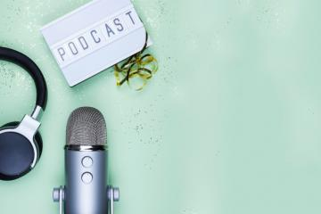 7 podcasts pour faire entendre la voix de l'engagement !